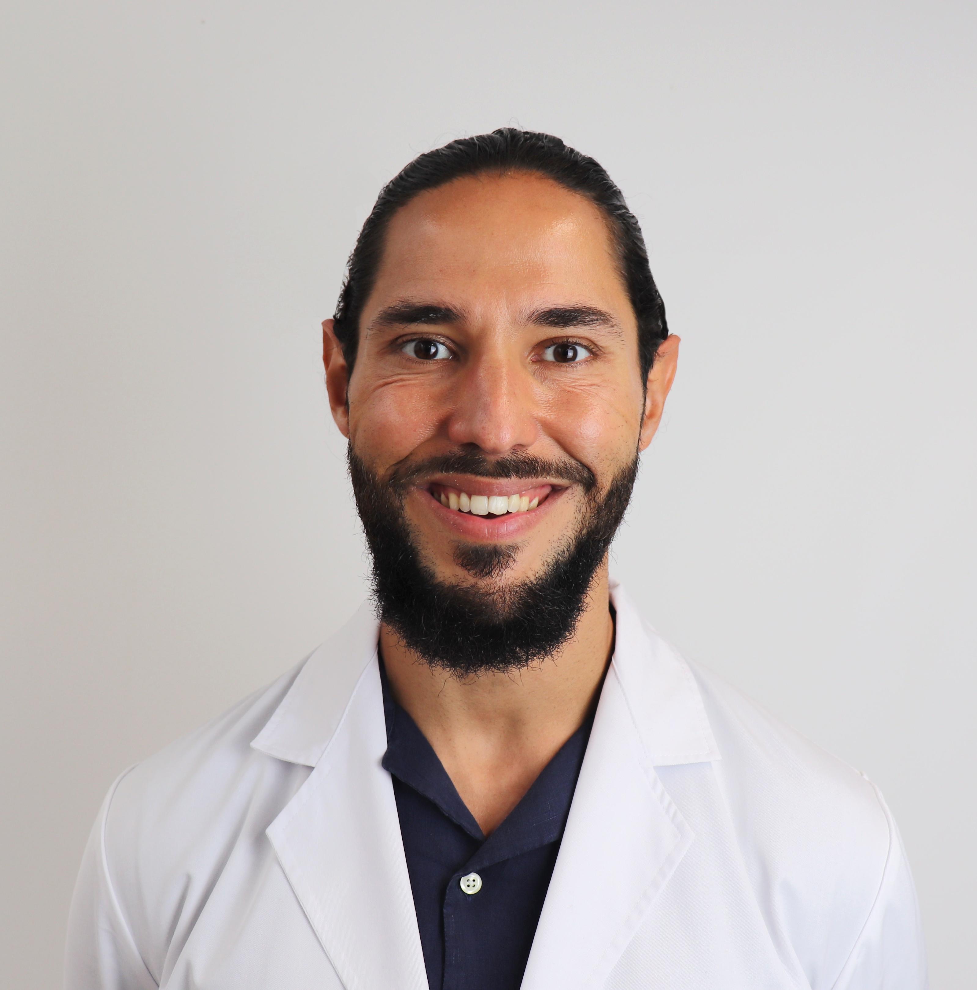 Daniel  Hernández Obregón